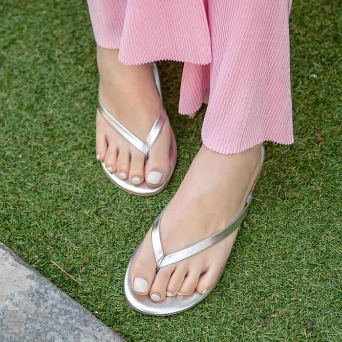 1区韩国本土服装代购(韩国圆通直发)09women-拖鞋(2019-04-18上架)