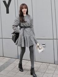 1区韩国代购正品验证11am-SWCT00831260-魅力千鸟格裙摆型毛呢大衣