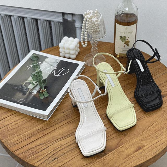 1区100%正宗韩国官网代购(韩国直发包国际运费)4DLOOK-凉鞋(2021-03-24上架)