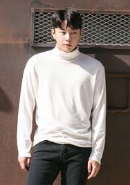 1区2017冬季新款韩国服装aboki品牌男士舒适纯色百搭T恤(2017.11月)