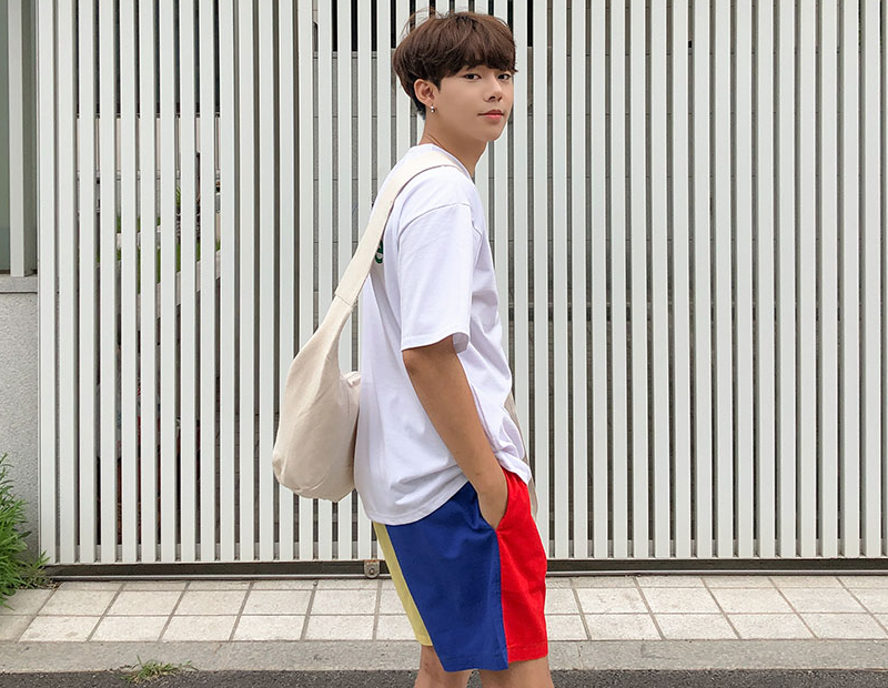 1区100%正宗韩国官网代购(韩国直发包国际运费)aboki-T恤(2019-07-12上架)