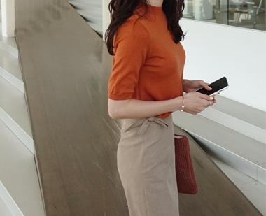 againby-清新色彩感圆领针织衫