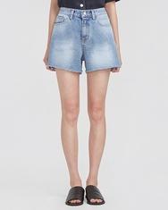 A-韩国IN-韩国女性魅力搭配牛仔韩国代购短裤女装2017年08月02日08月款