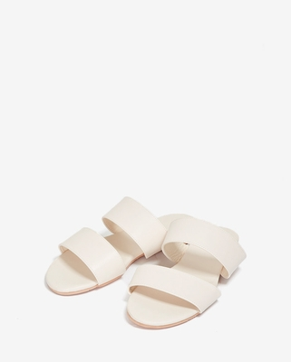 1区韩国本土服装代购(韩国圆通直发)A-IN-轻松时尚魅力拖鞋(2018-04-19上架)