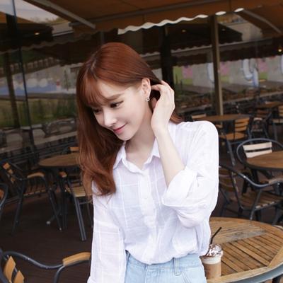 아루키-메리미E작은 사이즈의 다이아반지 모양으로 사랑스럽고은은한 포인트로 착용하기 좋은 귀걸이에요!