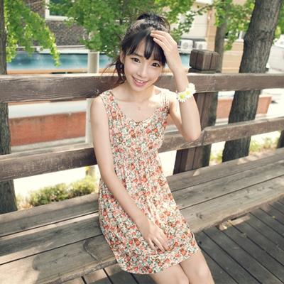 아루키-러쉬ops옷자체가 너무 예뻐 단품으로 입어도 좋은~플라워 프린팅의 걸리쉬한 원피스에요~!