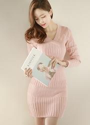 1区韩国代购正品验证attrangs-AGOP00849349-魅力编织纹修身针织连衣裙