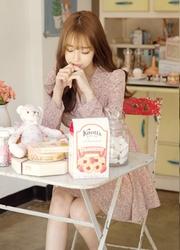 1区韩国代购正品验证attrangs-AGOP00849340-可爱碎花纹淑女修身连衣裙
