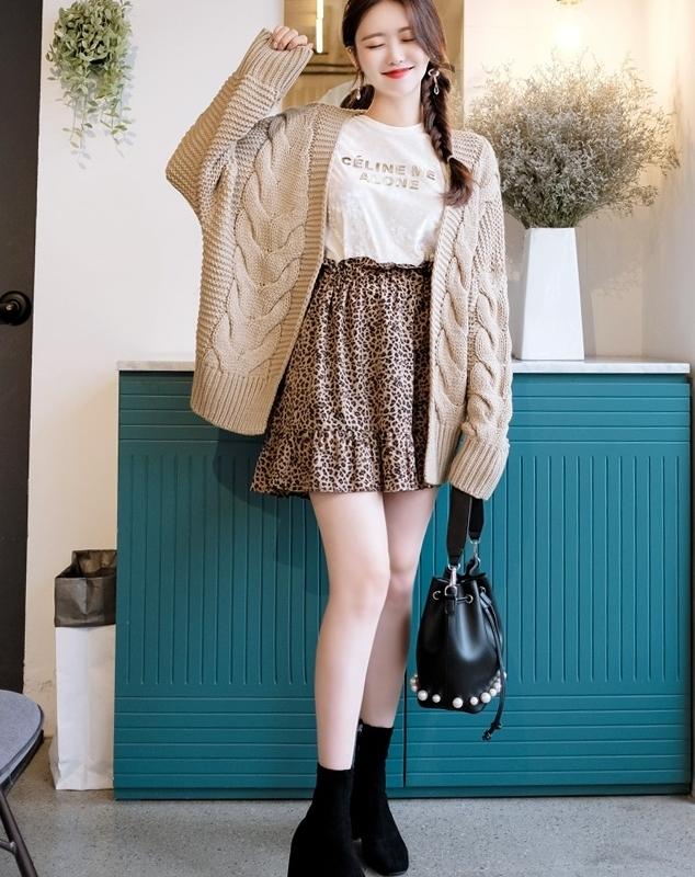 1区韩国本土服装代购(韩国圆通直发)attrangs-短裙(本商品是非新品断货机会比较大,请联系客服核对再下单哦10-22上架)