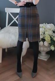 1区2017冬季新款韩国服装babirolen品牌秋季魅力格纹中裙(2017.11月)