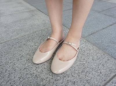 1区韩国本土服装代购(韩国圆通直发)candyglow-轻松韩版魅力平底鞋(2018-07-09上架)