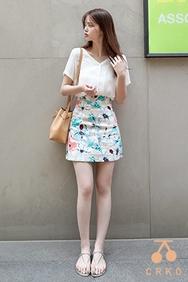 cherrykoko-韩国时尚可爱花纹韩国代购正品短裙女装2017年06月21日06月款