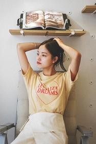 cherrykoko-韩国时尚可爱心形字母韩国代购T恤女装2017年08月14日08月款