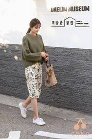 1区2017秋季新款|韩国发货|CRKO品牌韩国时尚流行花纹中裙(2017.9月)