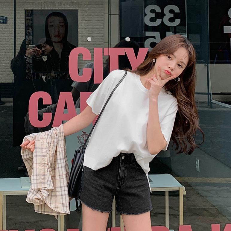 1区韩国?#23601;?#26381;装代购(韩国圆通直发)CRKO-短裤(2019-03-17上架)