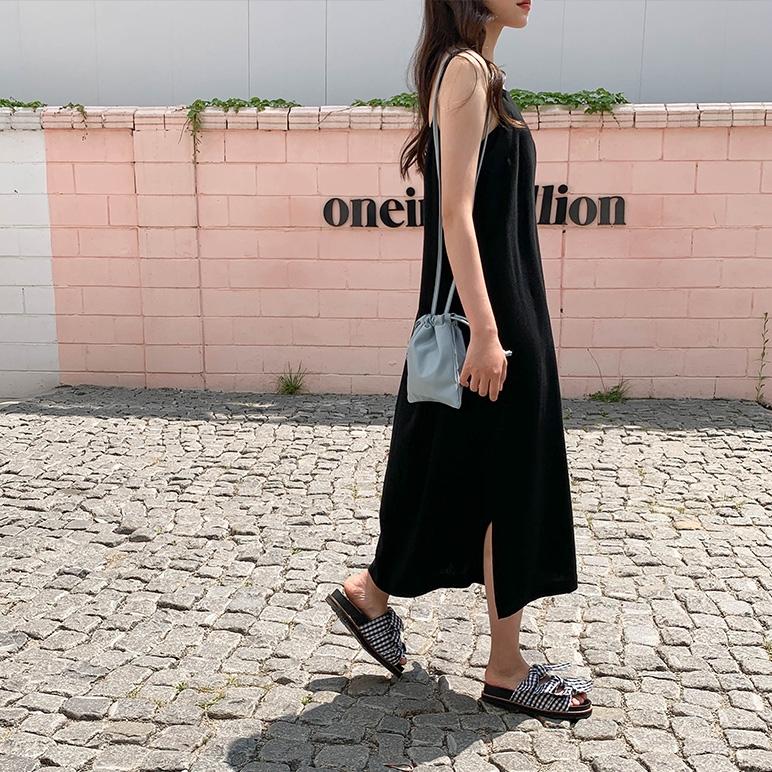 1区100%正宗韩国官网代购(韩国直发包国际运费)CRKO-连衣裙(2019-06-10上架)