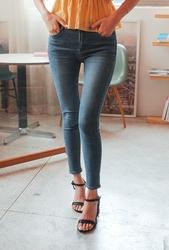 cherryville-韩国韩版搭配魅力女性韩国代购牛仔裤女装2017年08月02日08月款