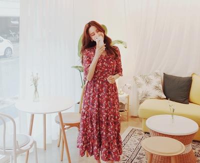 1区韩国本土服装代购(韩国圆通直发)cherryville-花纹时尚V领连衣裙(2018-04-20上架)