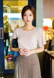 1区韩国服装网店代理一件代发chuu-UUTS00919067-纯色圆领中袖韩版T恤
