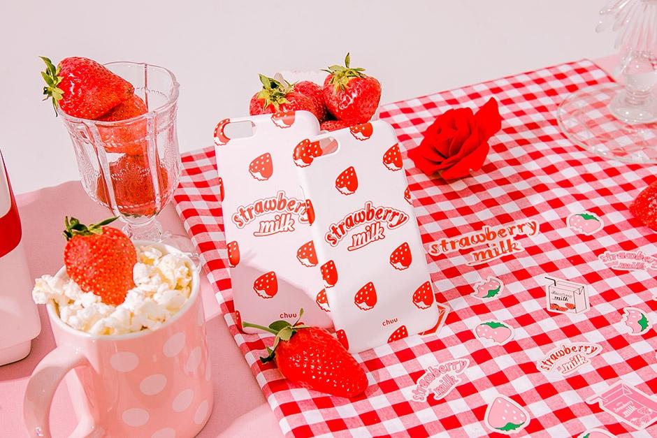chuu-韩国草莓图案可爱新款手机套女装2017年05月11日