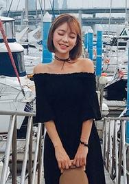 chuu-韩国时尚魅力裸肩韩国代购正品连衣裙女装2017年08月09日08月款