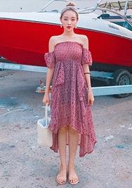 chuu-韩国时尚宽松魅力韩国代购正品连衣裙女装2017年08月14日08月款