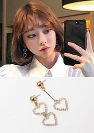 2018新款韩国服装chuu品牌韩版爱心时尚耳环(2018.1月)