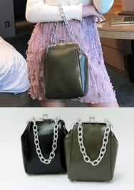 2018新款韩国服装chuu品牌复古配色个性单肩包(2018.1月)