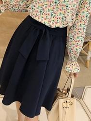 2018新款韩国服装clicknfunny品牌时尚纯色蝴蝶结中裙(2018.2月)
