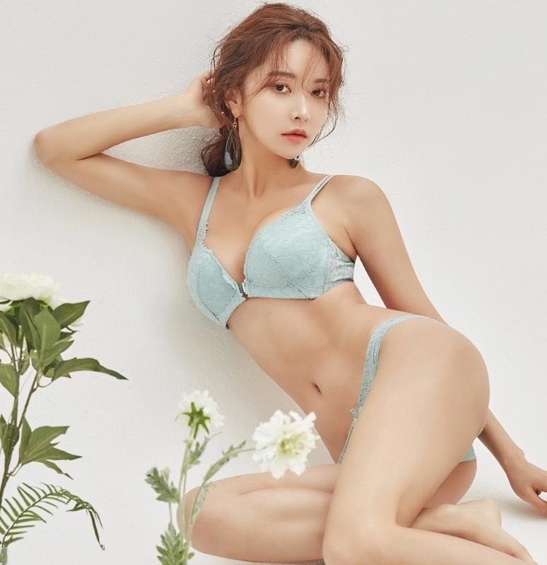 1区韩国本土服装代购(韩国圆通直发)ComeonVincent-文胸套装(2019-02-13上架)