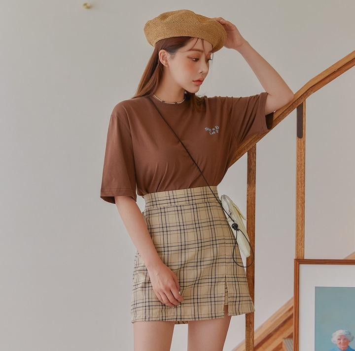 1区100%正宗韩国官网代购(韩国直发包国际运费)common-unique-T恤(2019-06-25上架)
