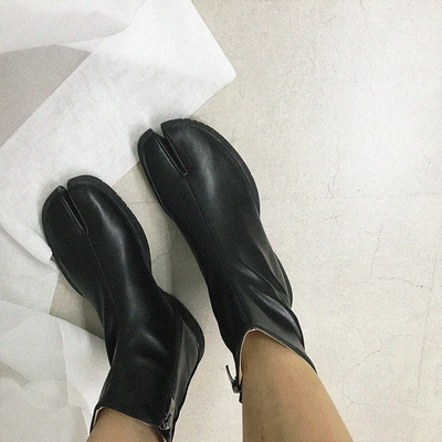 Crazy girls-高档个性舒适靴子
