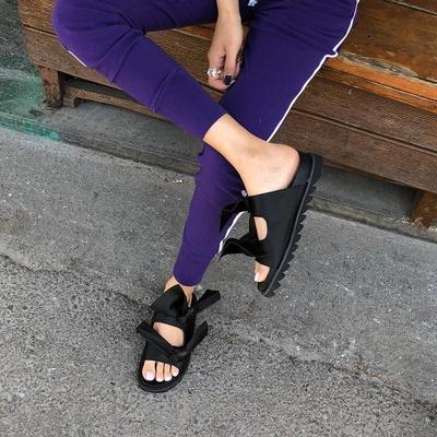 1区韩国本土服装代购(韩国圆通直发)Crazy girls-轻松新款舒适拖鞋(2018-04-20上架)