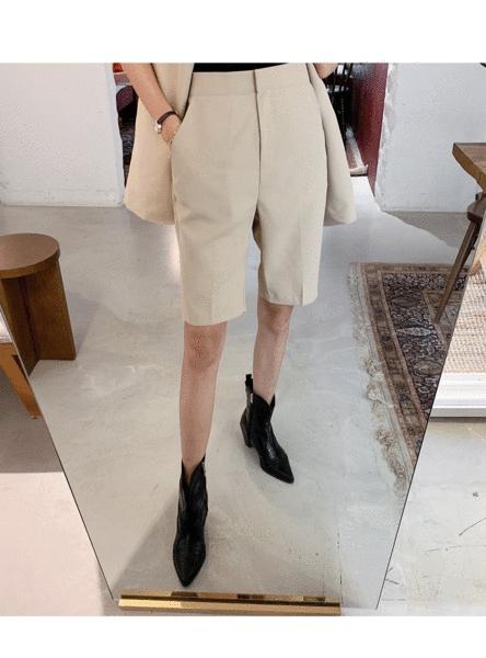1区100%正宗韩国官网代购(韩国直发包国际运费)Crazy girls-短裤(2019-08-16上架)