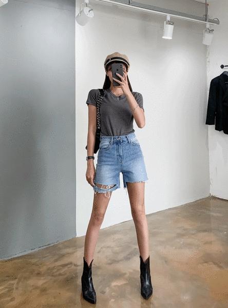 1区100%正宗韩国官网代购(韩国直发包国际运费)Crazy girls-短裤(2019-08-21上架)