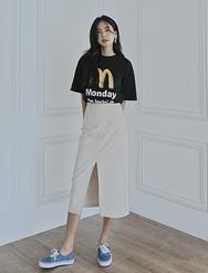 2018新款韩国服装darkvictory品牌搭配前开衩时尚纯色长裙(2018.1月)