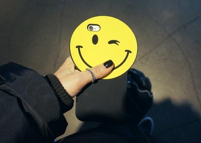 可爱笑脸软手机套
