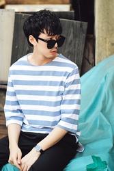1区春装韩国代购|服装代理一件代发dj2官网韩国时髦个性条纹T恤(2016.4底)