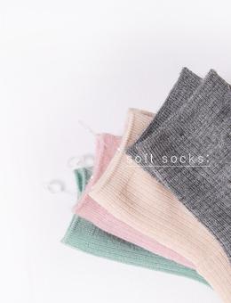 제이엘프-골지 울 , socks