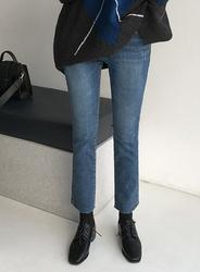 2018新款韩国服装jellpe品牌休闲舒适直筒九分牛仔裤(2018.1月)