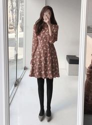 2018新款韩国服装jellpe品牌时尚舒适碎花连衣裙(2018.1月)