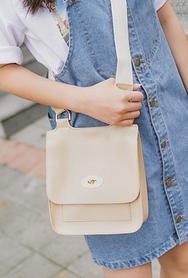 1区2017夏装新款|正宗韩国代购韩国发货|22xx品牌韩国轻便气质高档手提包(2017.7月)