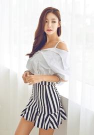 1区韩国服装网店代理一件代发iampretty-PTCE00918710-肩开线衬衫条纹短裙套装