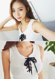 1区韩国服装网店代理一件代发iampretty-PTTS00919376-竹节修身细带无袖T恤