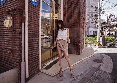 1区韩国本土服装代购(韩国圆通直发)iampretty-魅力百搭气质中裙(本商品非新品请联系客服核对再下单-27上架)