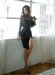 2018新款韩国服装iampretty品牌修身拉链开叉中裙(2018.1月)