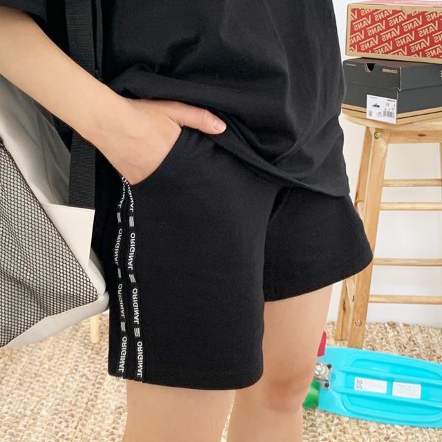 1區100%正宗韓國官網代購(韓國直發包國際運費)Kikiko-短褲(2019-06-20上架)