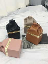 2018新款韩国服装kongstyle品牌时尚流行可爱手提包(2018.1月)