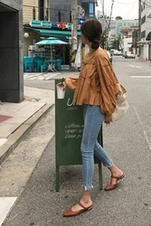 mocobling-韩国简约磨边水洗韩国代购牛仔裤女装2017年08月02日08月款