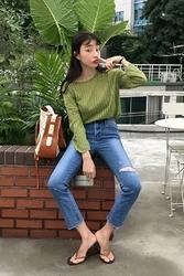 mocobling-韩国简约破洞直筒韩国代购牛仔裤女装2017年08月02日08月款
